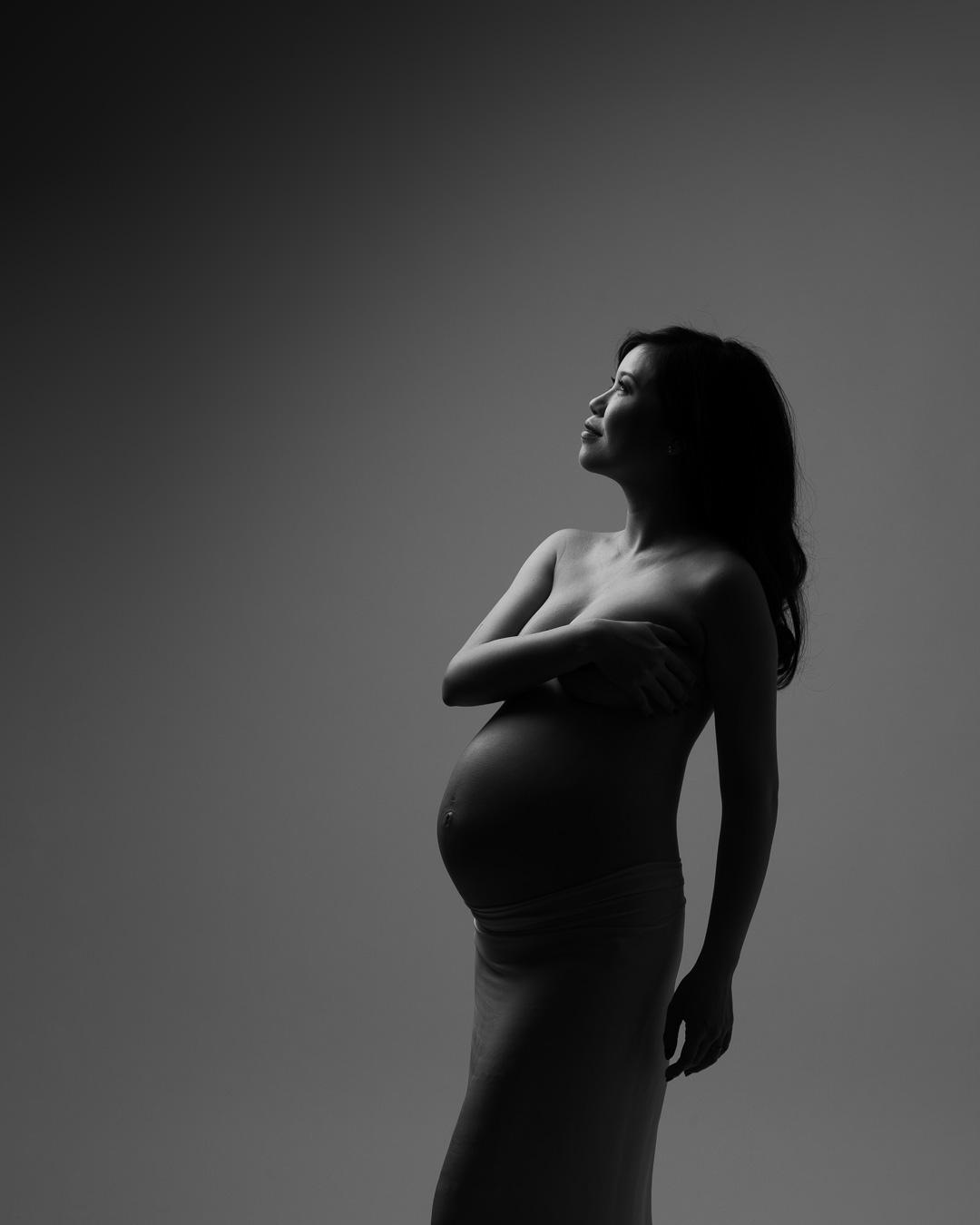 Maternity-Dark-9