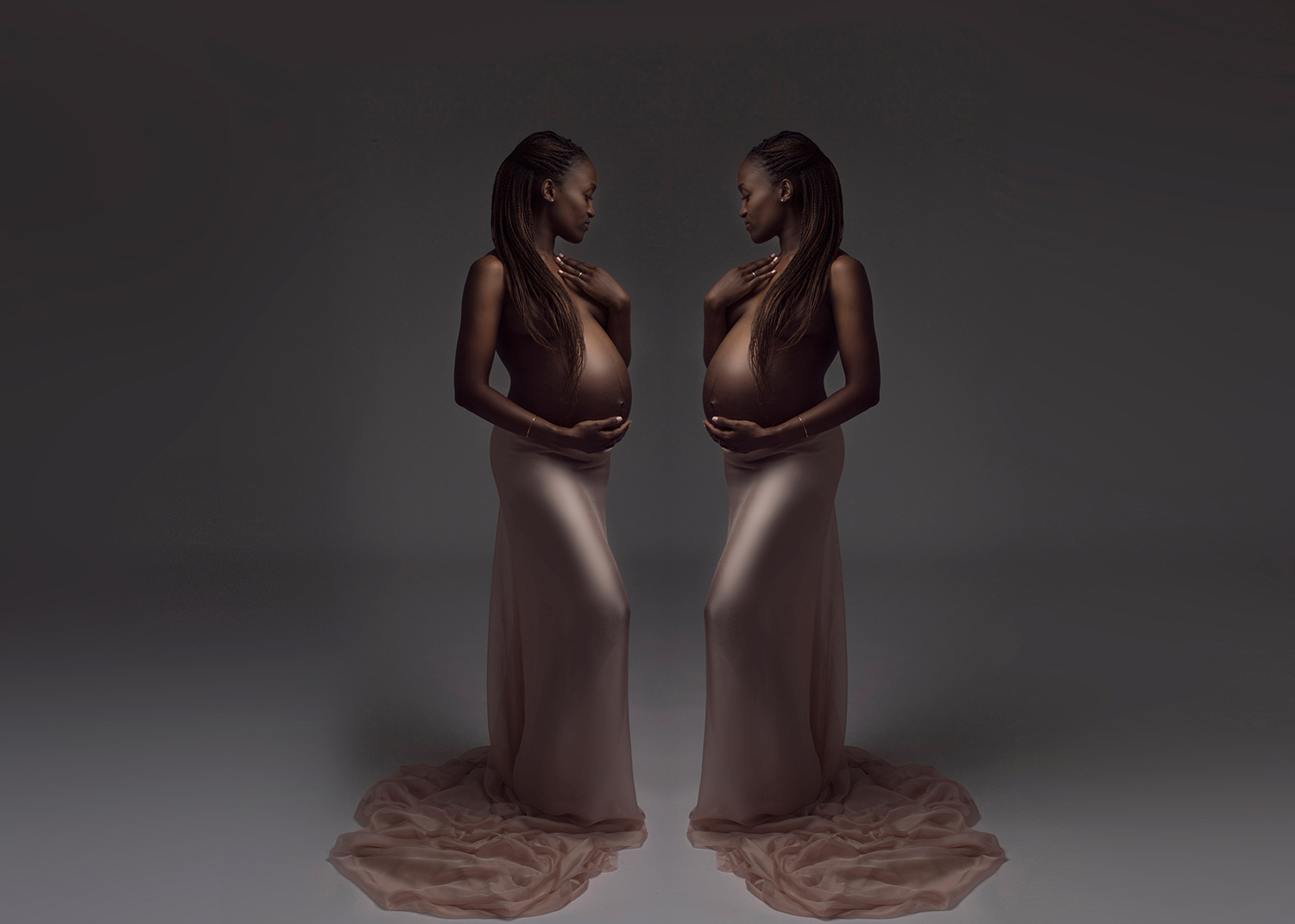 mirror image maternity portrait